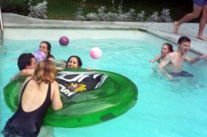 I 4 Vantaggi di Una Piscina Interna - Organizza Party ed Eventi - Idroterm Perugia snc